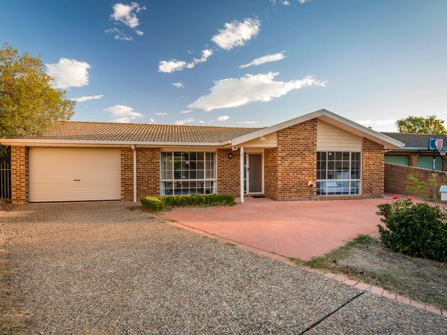 18 Huxley Place, Palmerston, ACT 2913