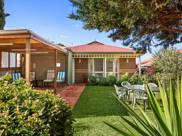 169 THIRD AVENUE, Rosebud, Vic 3939