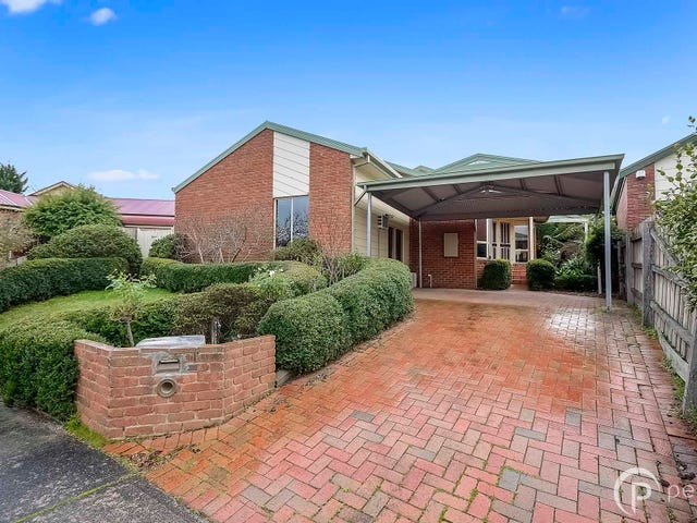 10 Maralee Court, Berwick, Vic 3806