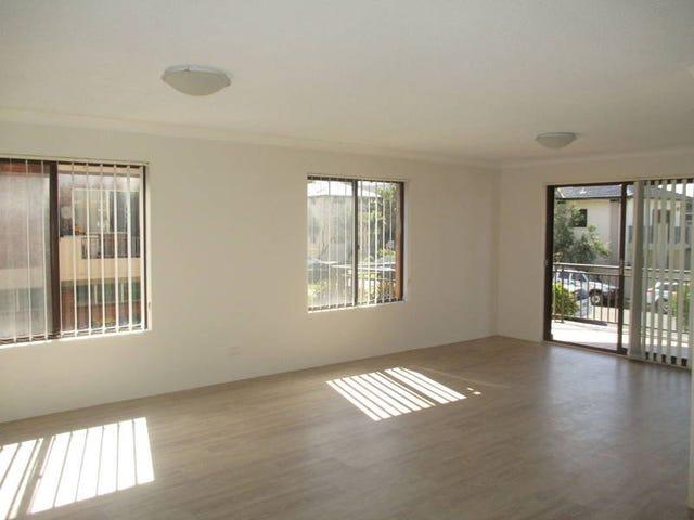 1/2 Hinton Street, Wollongong, NSW 2500