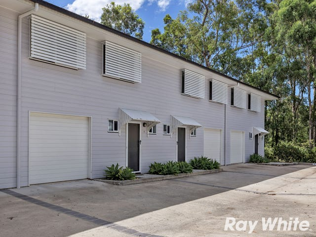 2/1095 South Pine Road, Everton Hills, Qld 4053