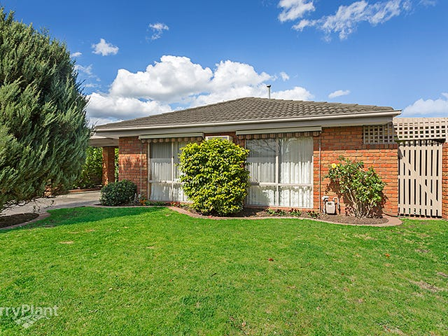 2 Collins Crescent, Berwick, Vic 3806