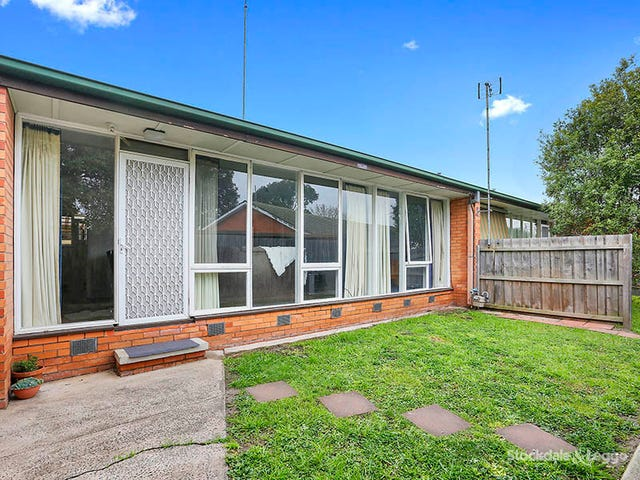 4/129 Barrabool Road, Highton, Vic 3216