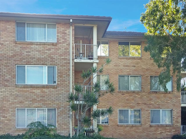 9/12 Coonowrin Street, Battery Hill, Qld 4551
