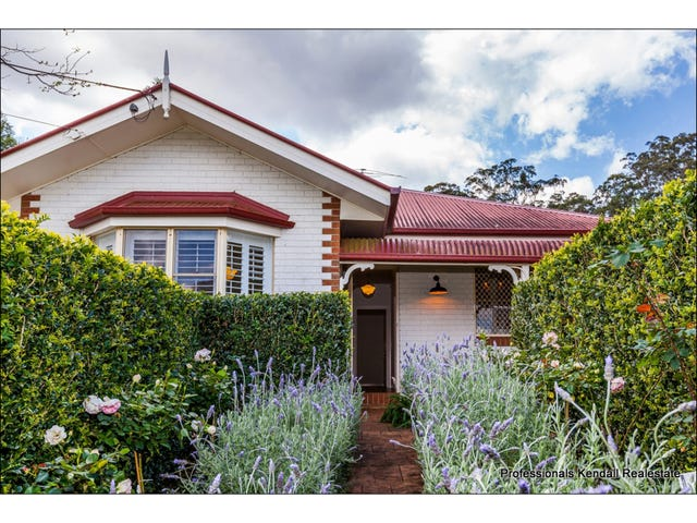 19 Griffith Street, Tamborine Mountain, Qld 4272