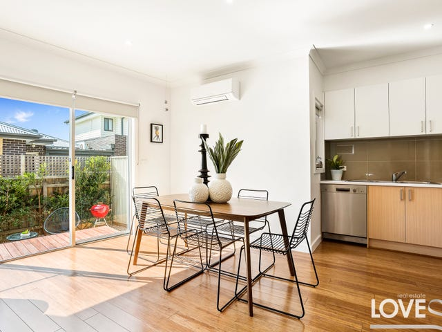 3/5 Dunolly Crescent, Reservoir, Vic 3073