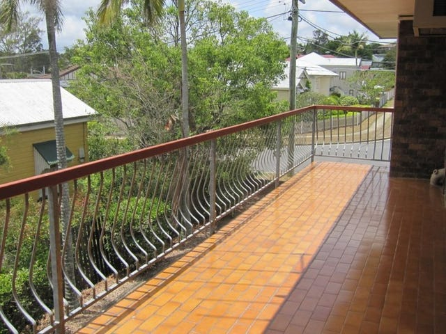 10/18 Rolle Street, Holland Park, Qld 4121