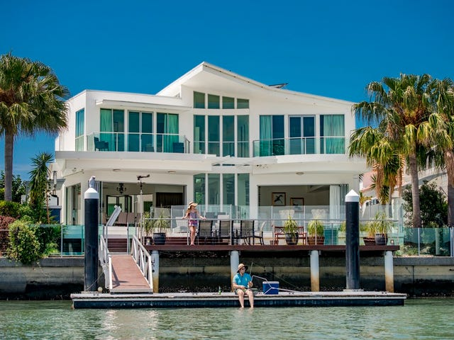 57 Seaside Drive, Banksia Beach, Qld 4507