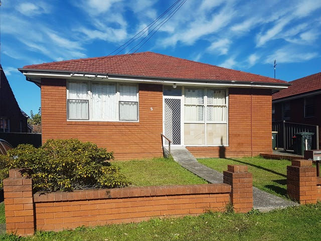 3/5 Union Street, Coniston, NSW 2500