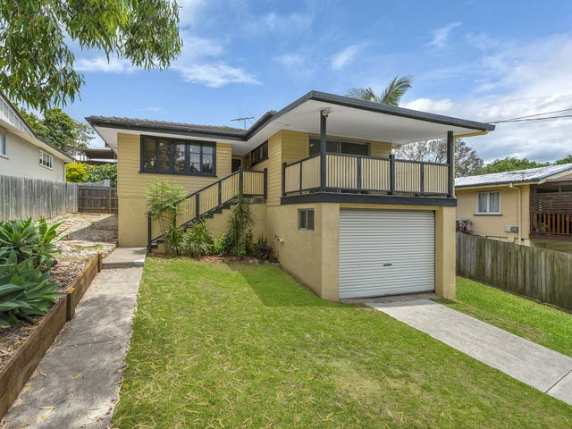 28 Kingaroy Street, Stafford Heights, Qld 4053