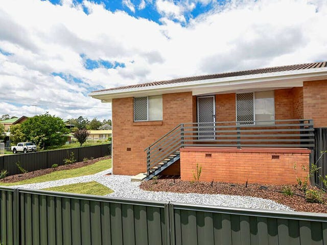 2/2 Tame Street, South Toowoomba, Qld 4350