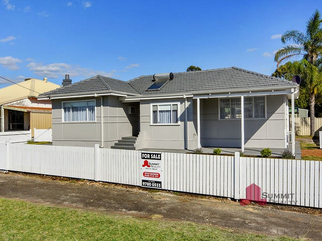 19 Coombes St, Collie, WA 6225