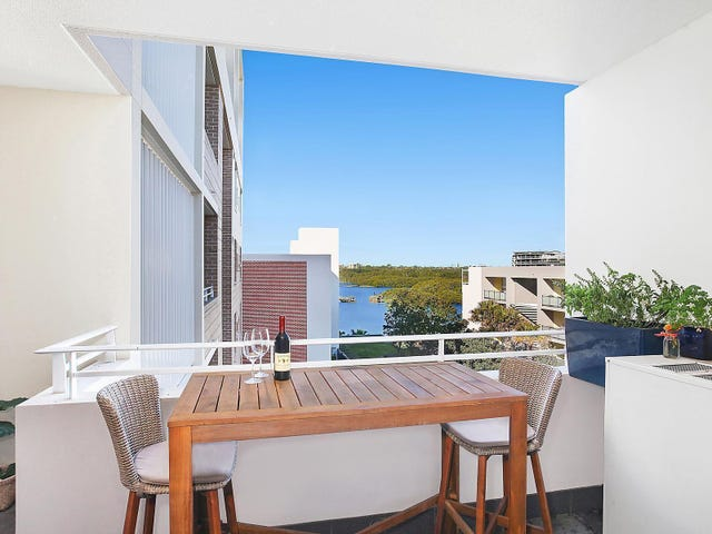 641/2 The Crescent, Wentworth Point, NSW 2127