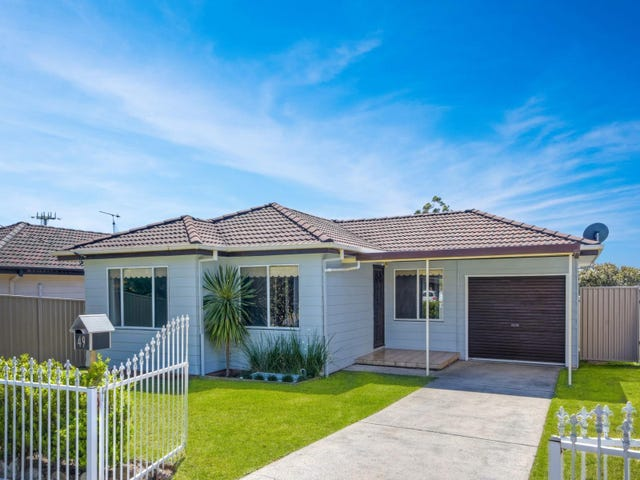 49 Robson Avenue, Gorokan, NSW 2263