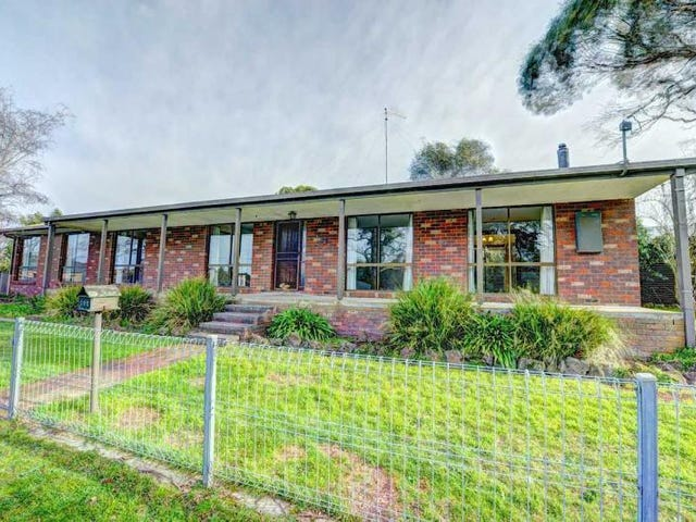 102 Hermitage Avenue, Mount Clear, Vic 3350