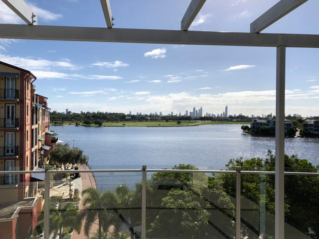 19/3046 Quay South Drive, Carrara, Qld 4211