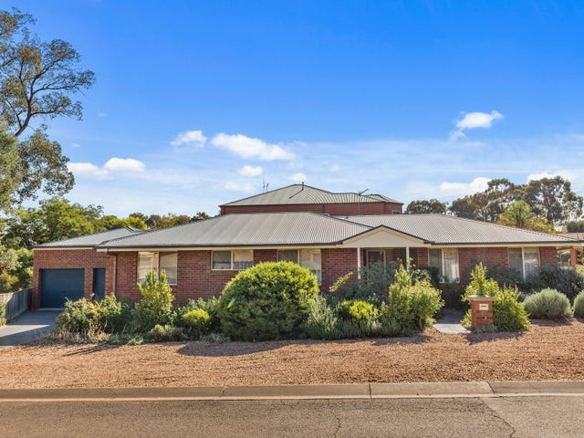 25  Isabella Grove, Strathdale, Vic 3550