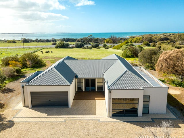13 Stock Drive, Port Elliot, SA 5212