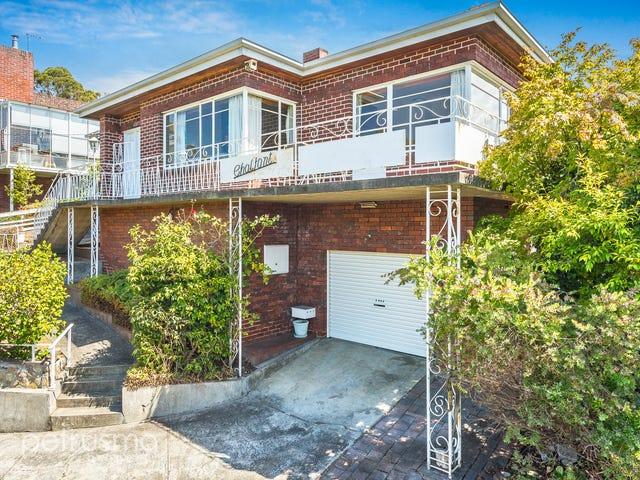 2 Goodhart Place, Sandy Bay, Tas 7005