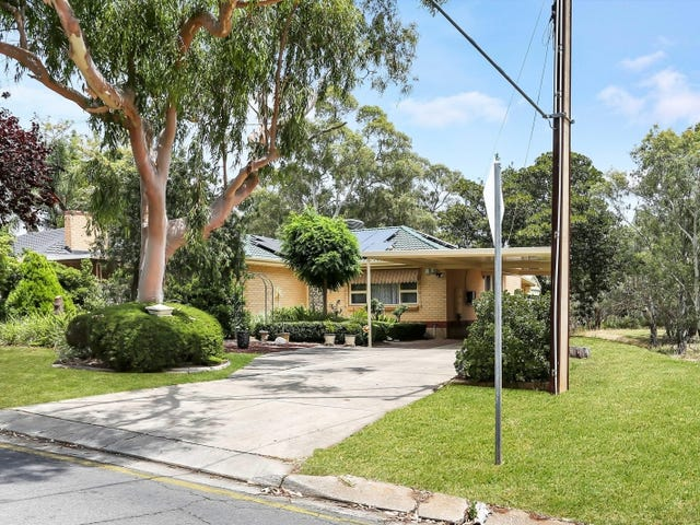 18 FLOCKHART AVENUE, Valley View, SA 5093