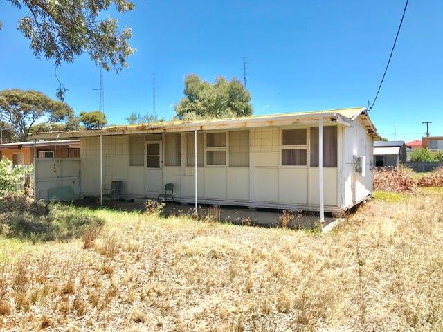 3 Moontana Avenue, Moonta Bay, SA 5558