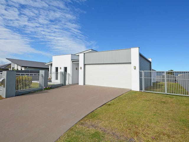 56 Royal Drive, Kawungan, Qld 4655