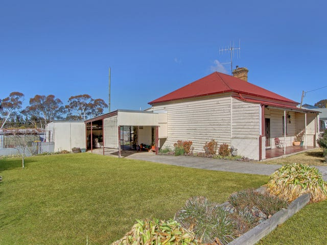 13 Salford Street, Goulburn, NSW 2580
