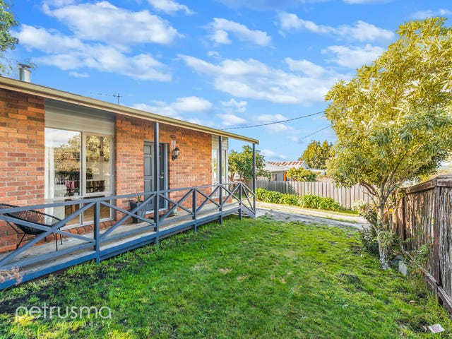 10 Gourlay Street, Blackmans Bay, Tas 7052