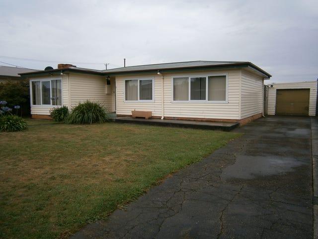 2 Wayne Street, Devonport, Tas 7310