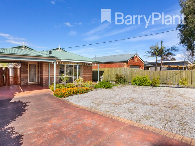 135 First Avenue, Rosebud, Vic 3939
