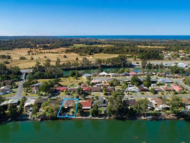 17 Newry Island Drive, Urunga, NSW 2455