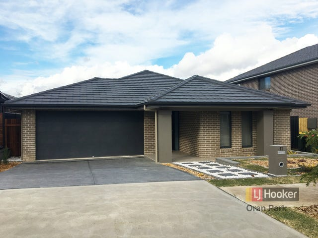 11 Hinton Loop, Oran Park, NSW 2570