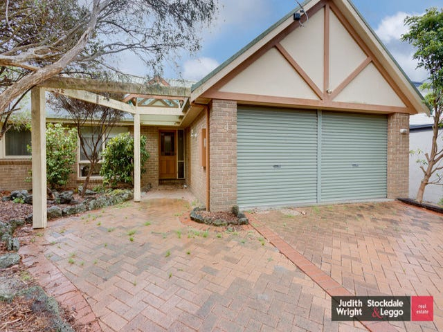 4 Chicory Avenue, Cowes, Vic 3922