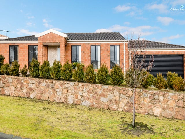 9 Bando Court, Hampton Park, Vic 3976