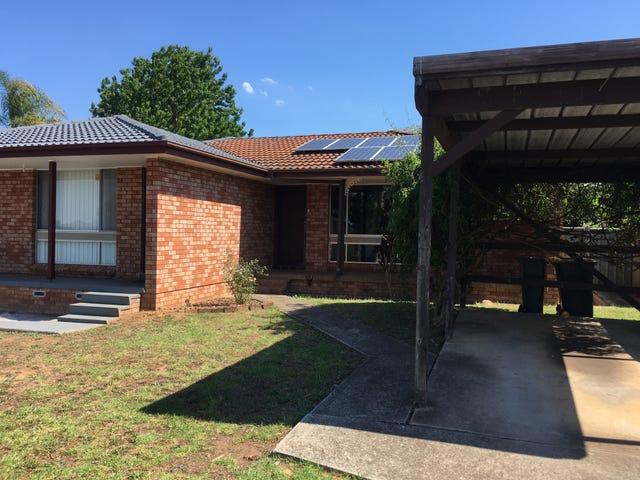 65 Evelyn Street, Macquarie Fields, NSW 2564