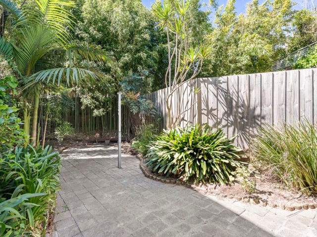 1/6 Southey Court, Elwood, Vic 3184