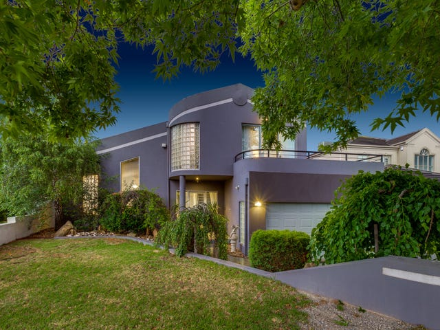 12 Mahon Court, Taylors Lakes, Vic 3038