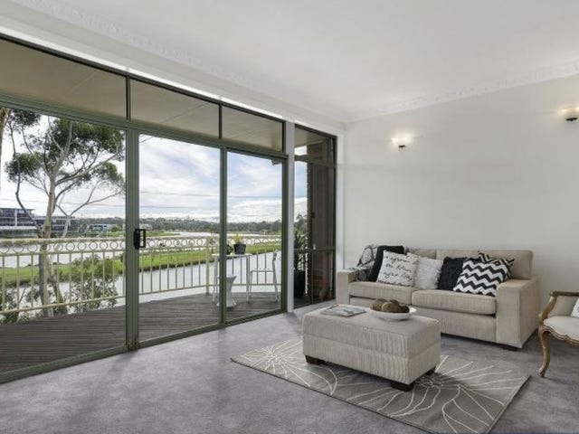 65 Fisher Parade, Ascot Vale, Vic 3032
