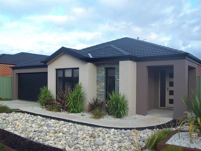 33 Lowry Crescent, Miners Rest, Vic 3352