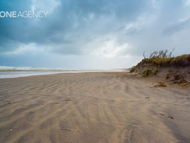 Ocean Beach Road, Strahan, Tas 7468