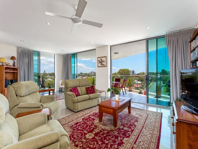 51/17 Marine Parade, Redcliffe, Qld 4020