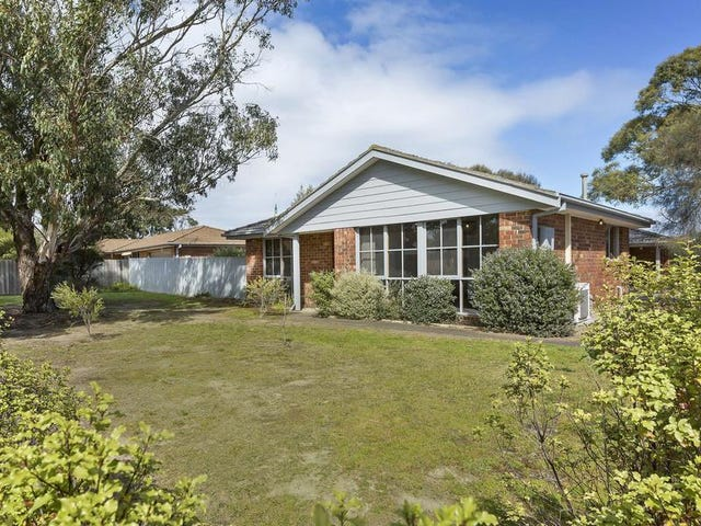 1/4 St Catherines Court, Mornington, Vic 3931