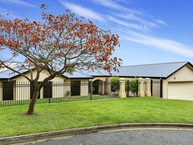 4 Renwick Crescent, Tea Tree Gully, SA 5091