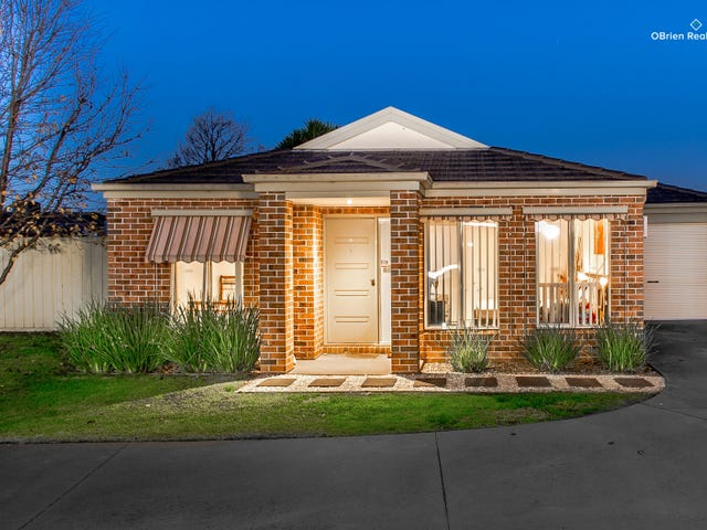 1/11 Caron Close, Hallam, Vic 3803