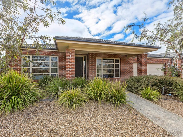 16 Niland Crescent, Point Cook, Vic 3030
