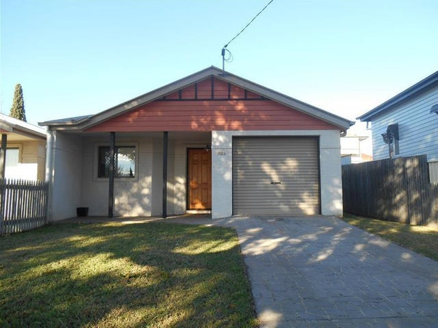 702A Ruthven Street, South Toowoomba, Qld 4350