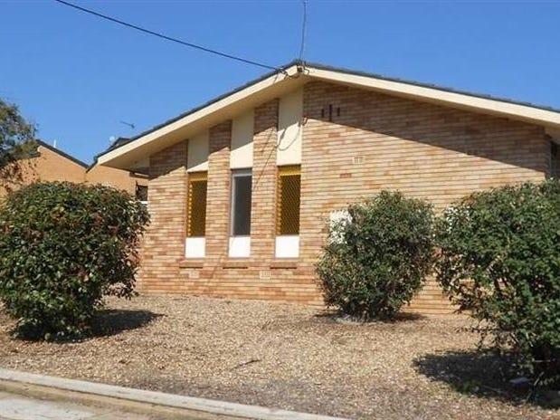 3/8 Nordlingen Dr, Tolland, NSW 2650