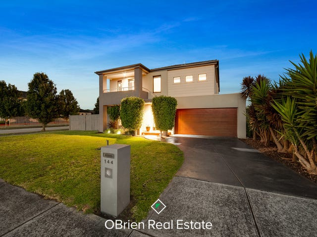 144 Berwick Springs Promenade, Narre Warren South, Vic 3805