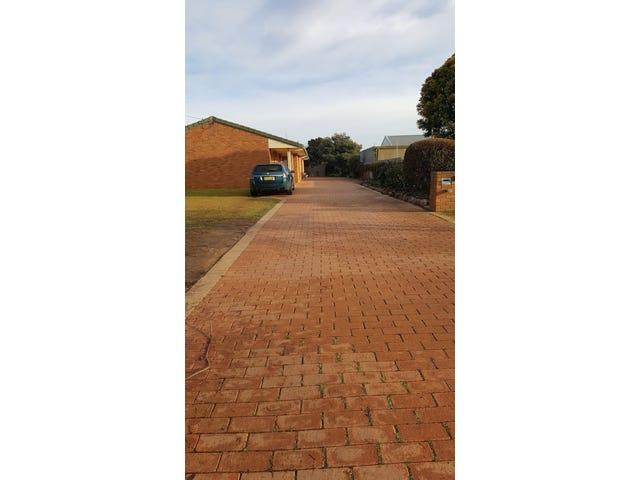 1/23 & 2/23 Howe Street, Finley, NSW 2713