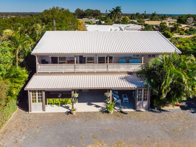 93 Long Street, Point Vernon, Qld 4655